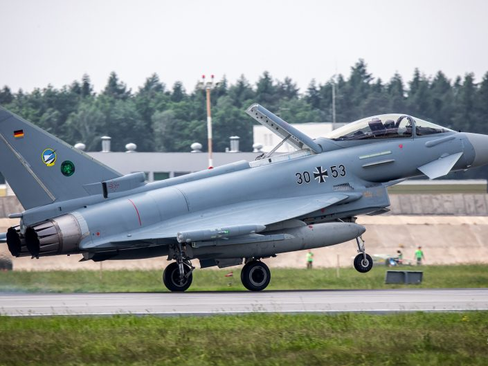 Eurofighter EF-2000 Typhoon (30-53)
