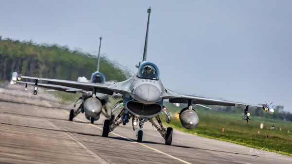 Lockheed Martin F-16C Jastrząb (4054) and (4067)
