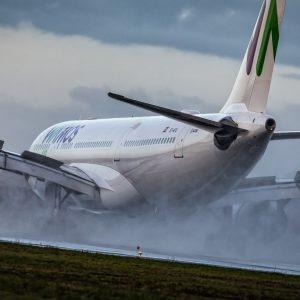 Wamos Air Airbus A330-223 (EC-MTU)